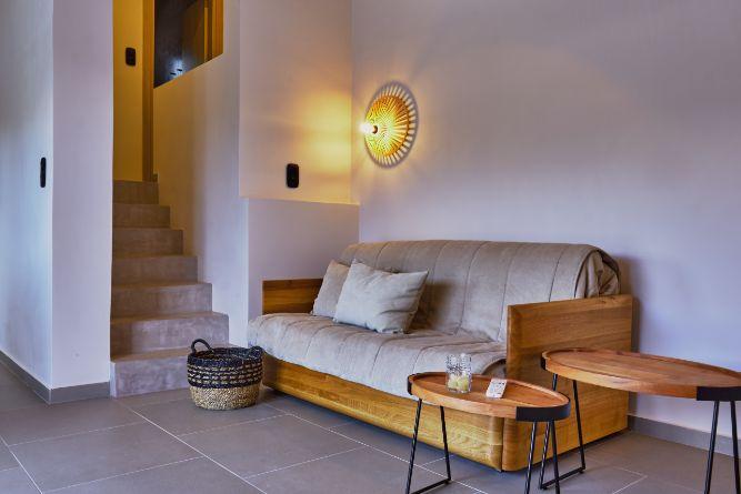 24 maisonette sofa